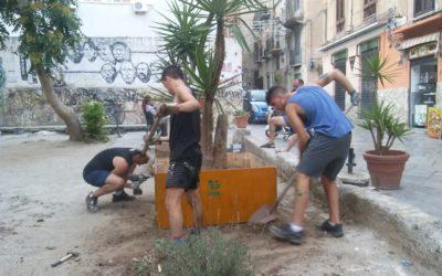 Nuove fioriere a Ballarò grazie all'impegno degli artigiani e dei volontari del Campo Internazionale